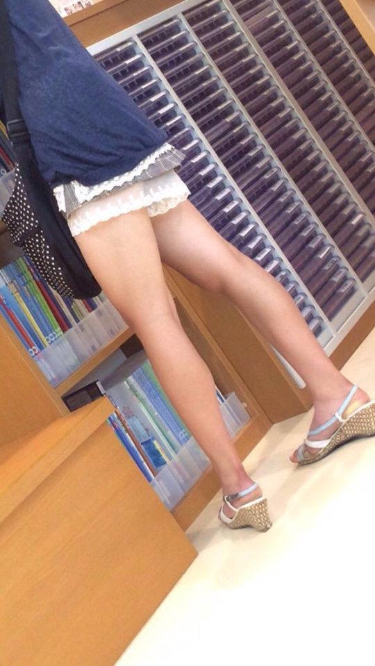 【脚フェチ】細身のスレンダー脚からムッチムチのデブ脚までまとめたったwwwwww(100枚)・82枚目