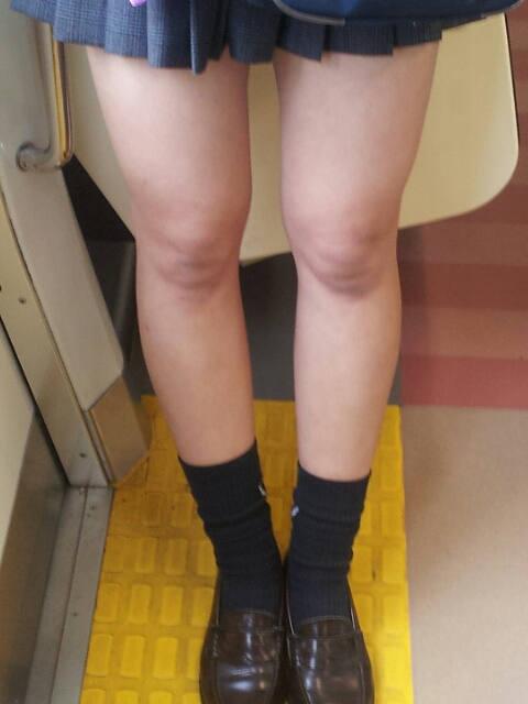 【脚フェチ】細身のスレンダー脚からムッチムチのデブ脚までまとめたったwwwwww(100枚)・83枚目