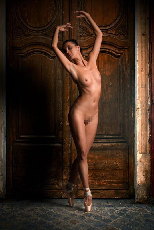 【※勃起不可避※】バレエダンサーの風呂上りって絶対こんな感じだよな(確信)wwwwwwwwwwwwwww(画像あり)・2枚目