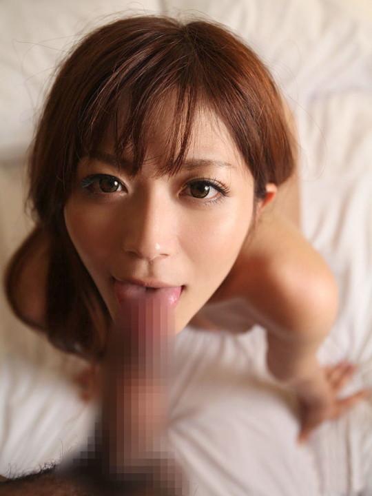 【※民意を問う※】フェラチオ時にこの舌の動きする女、、アナタは賛成派? それとも反対派?(画像あり)・5枚目