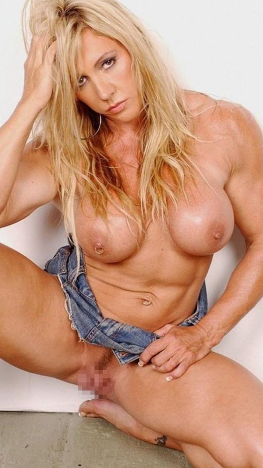 【全裸注意】なんやこの女、強すぎワンパンで殺されるわ。。。(画像27枚)・19枚目