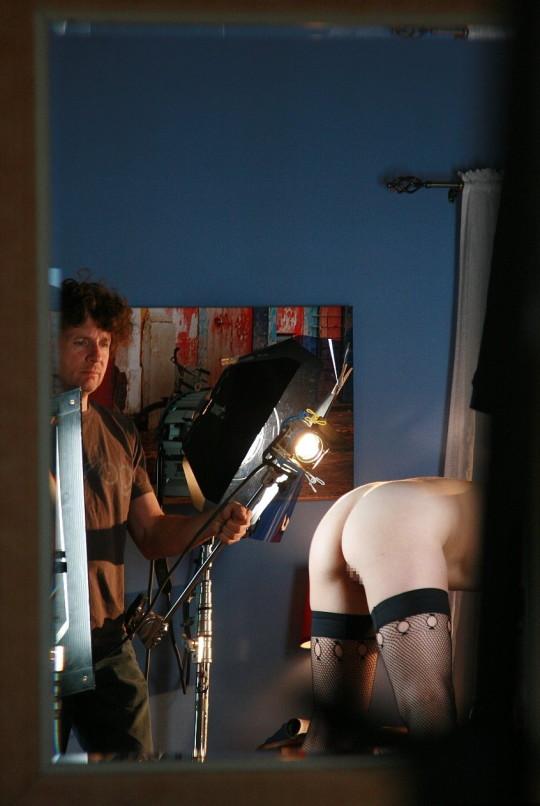 【背に腹は・・】魂を売ったカメラマンのツイート「ヌードモデル撮影ナウ」がコチラwwwwwwwwwwww(画像あり)・2枚目