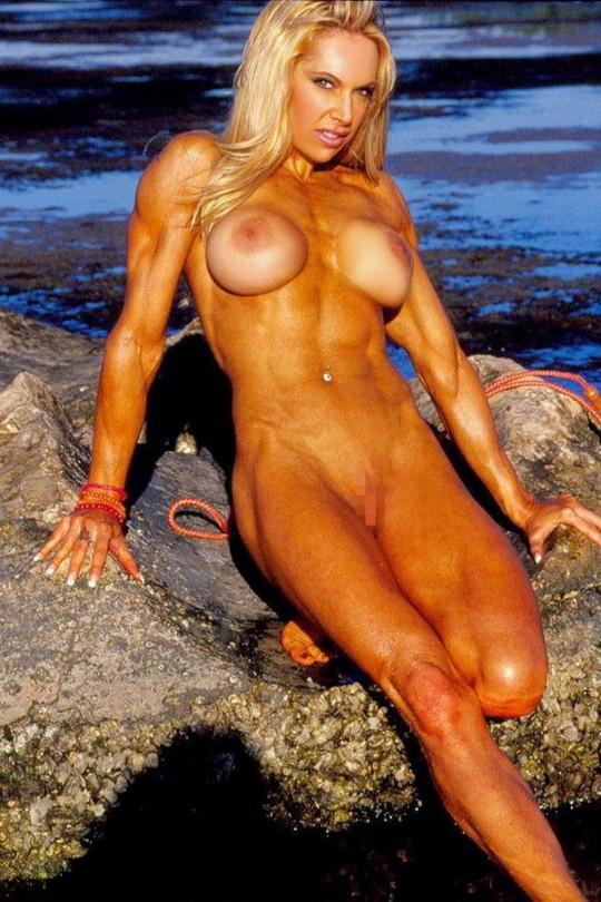 【全裸注意】なんやこの女、強すぎワンパンで殺されるわ。。。(画像27枚)・9枚目