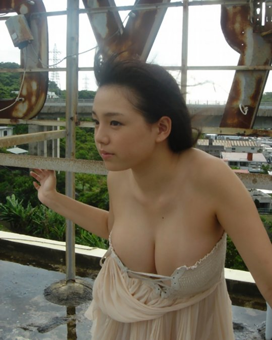 """【篠崎愛 GIF】""""天使と豚のハーフ""""とか言われるムチムチボディーの破壊力wwwww(150枚)・48枚目"""