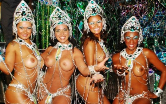 【-超絶悲報ー】リオカーニバルのブラジリアン凶暴おっぱい(美女)が全くヌケない。(画像あり)・1枚目