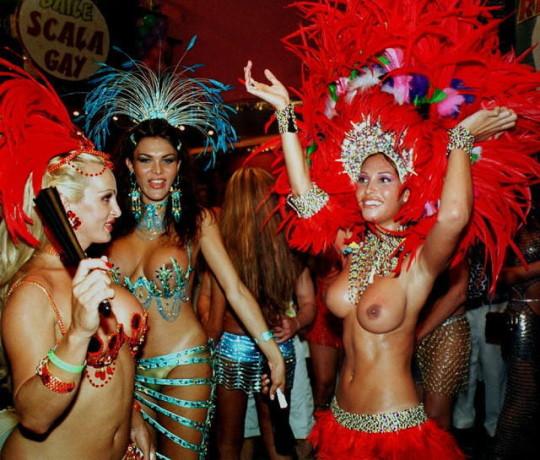 【-超絶悲報ー】リオカーニバルのブラジリアン凶暴おっぱい(美女)が全くヌケない。(画像あり)・7枚目