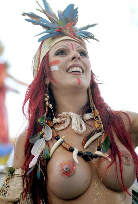 【-超絶悲報ー】リオカーニバルのブラジリアン凶暴おっぱい(美女)が全くヌケない。(画像あり)・12枚目