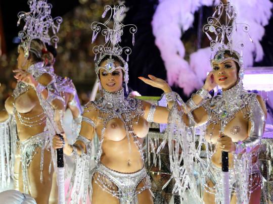 【-超絶悲報ー】リオカーニバルのブラジリアン凶暴おっぱい(美女)が全くヌケない。(画像あり)・17枚目