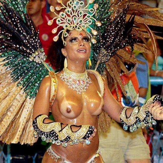 【-超絶悲報ー】リオカーニバルのブラジリアン凶暴おっぱい(美女)が全くヌケない。(画像あり)・26枚目