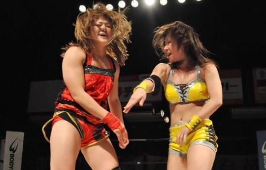 【-笑激画像-】女子プロレス界の「安心してください、穿いてますよ」が草不可避wwwwwwwwwwwwwww(画像あり)・21枚目