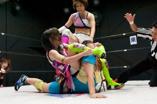 【-笑激画像-】女子プロレス界の「安心してください、穿いてますよ」が草不可避wwwwwwwwwwwwwww(画像あり)・23枚目