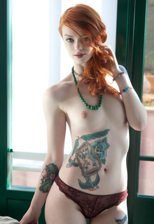 【-後悔先に立たず-】全身タトゥーの白人女性、もったいな杉(※画像30枚※)・26枚目