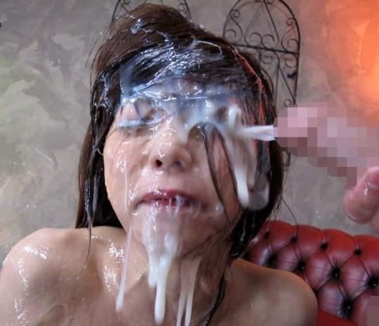 【※閲覧注意】多精子症とかいう精子多杉病男性に顔射された女性の末路・・・(※画像あり※)・1枚目