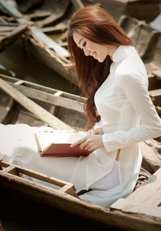 【※越南大好】アオザイ美女画像のてっぺんを決める暇つぶしマニアックスレ。(※画像29枚※)・18枚目