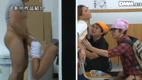 【※草不可避】ヤンキー女「ああ!壁にハマって出られない!!」 →結果wwwwwwwwwwwwwww(画像あり)・12枚目