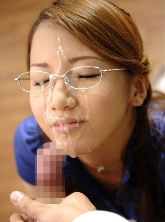 【※眼鏡あるある】秀才女子の性行為中の「よくある惨事」がコチラ。(※画像あり※)・12枚目