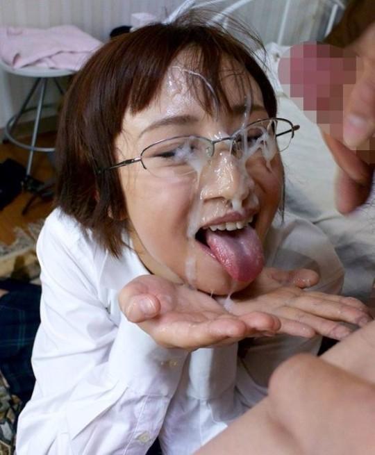 【※眼鏡あるある】秀才女子の性行為中の「よくある惨事」がコチラ。(※画像あり※)・13枚目
