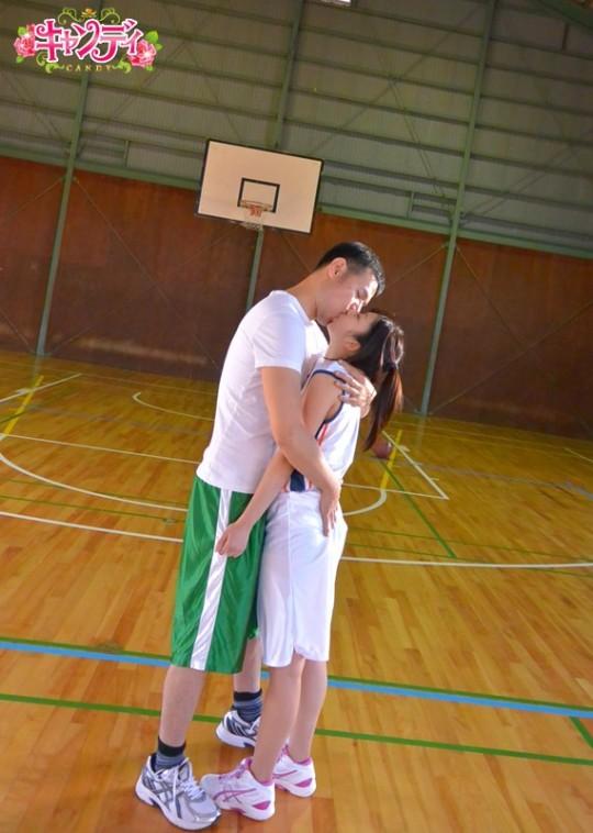 【※画像あり】現役JDバスケ部アスリート女子、バスケが市民権を得てない日本の現状に嘆き、、、AV出演。・5枚目