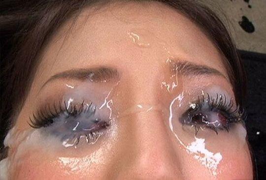 【※閲覧注意】結膜炎必至な『眼射』とかいう聖なるプレイ。。。(※画像あり※)・2枚目