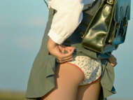 椎名ひかり(21) パンツと胸を見せてくれるツインテール美少女。