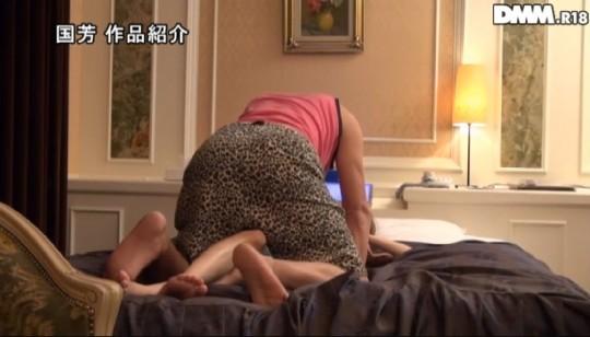 【※画像あり】「素人盗撮買取映像 東京ラブホテルノーカット盗撮」とかいうぐぅ鬼畜AVwwwwwwwwww・7枚目