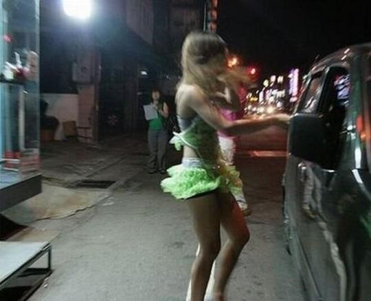 【※異文化】台湾の大正義、檳榔(ビンロウ)売り娘ギャラリー。 この文化何回見てもホント不思議杉・・(画像30枚)・16枚目