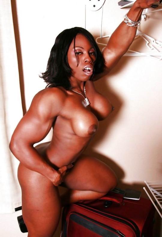【※画像あり】おまえら、この女目の前にしても 「黒人女無理ゲー」 って拒否する勇気あるの?wwwwwwwwww・5枚目