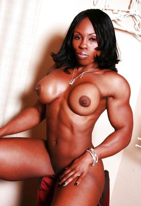 【※画像あり】おまえら、この女目の前にしても 「黒人女無理ゲー」 って拒否する勇気あるの?wwwwwwwwww・6枚目