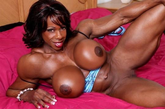 【※画像あり】おまえら、この女目の前にしても 「黒人女無理ゲー」 って拒否する勇気あるの?wwwwwwwwww・7枚目