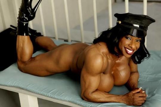 【※画像あり】おまえら、この女目の前にしても 「黒人女無理ゲー」 って拒否する勇気あるの?wwwwwwwwww・15枚目