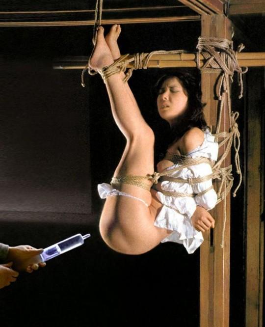 【※こマ?】SM界 「吊るし」 を出来る様になって一人前という風潮wwwwwwwwwwwwwww(画像あり)・2枚目