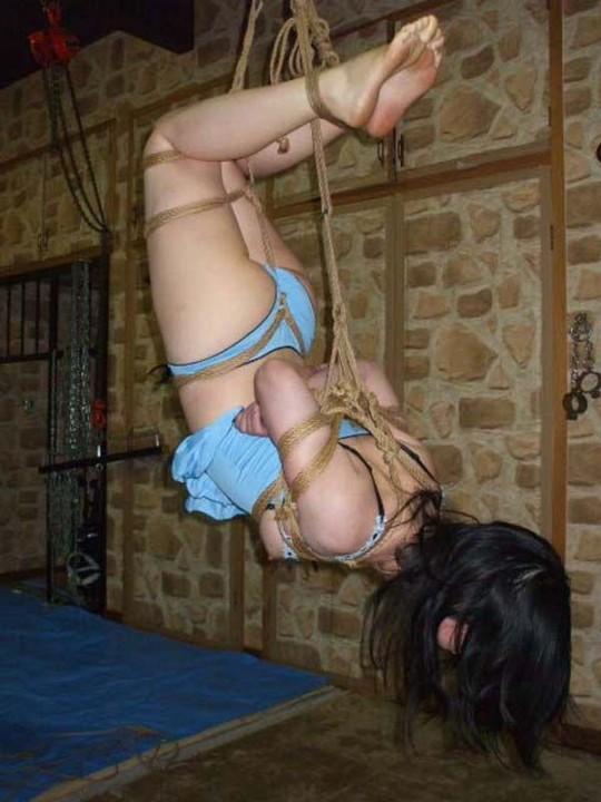 【※こマ?】SM界 「吊るし」 を出来る様になって一人前という風潮wwwwwwwwwwwwwww(画像あり)・12枚目