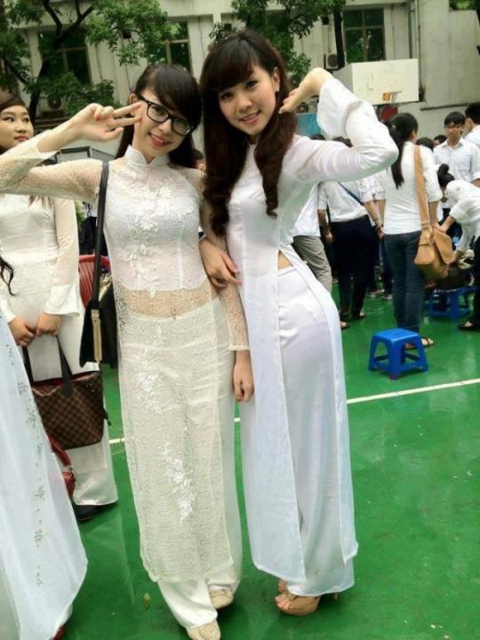 ベトナム民族衣装アオザイ女子の 「狙ってないエロ画像」 が至高杉て辛い。(※画像あり※)・22枚目