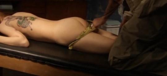 【画像あり】TVの濡れ場キャプを貼って女優のチクビの色を再確認するスレwwwwwwwwwwwwwww・8枚目