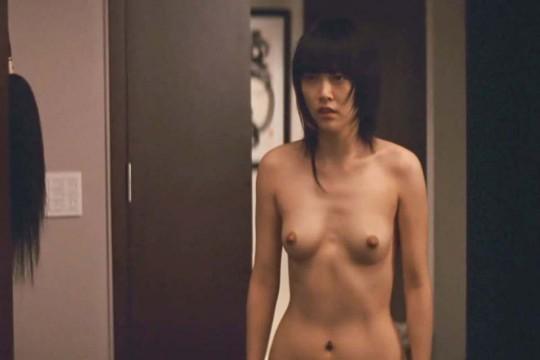 【画像あり】TVの濡れ場キャプを貼って女優のチクビの色を再確認するスレwwwwwwwwwwwwwww・17枚目