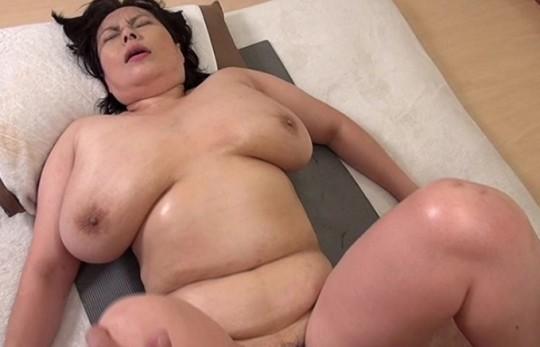 【巨漢】150㎏オーバーの女とのセクロス、、、苦行wwwwwwwwwwwwwwwww(画像あり)・27枚目