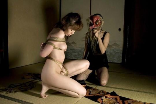 【画像あり】女 の 身 体 の 自 由 を 完 全 に奪 っ た 時 の 征 服 感 は 異 常wwwwwwwwwwwww・27枚目
