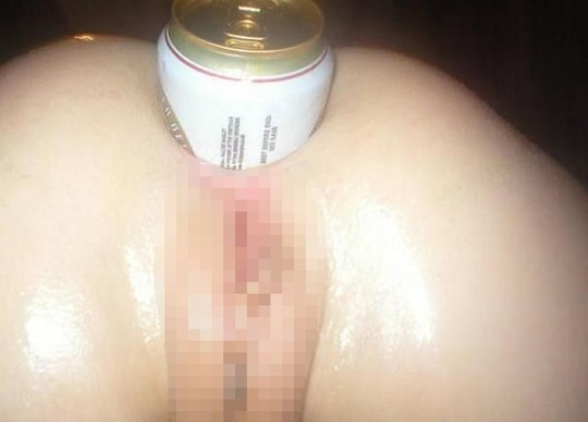 【マジキチ】500mlの缶をマンコに突っ込んだ女の凶表情wwwwwwwwwwwwwwwww(画像あり)・24枚目