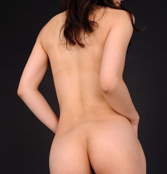 【マニアック】背中、うなじ『背面マニア』が歓喜するエロ画像貼ってくwwwwwwwwwwwww(画像あり)・4枚目