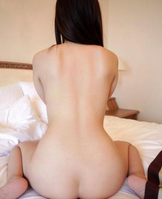 【マニアック】背中、うなじ『背面マニア』が歓喜するエロ画像貼ってくwwwwwwwwwwwww(画像あり)・15枚目