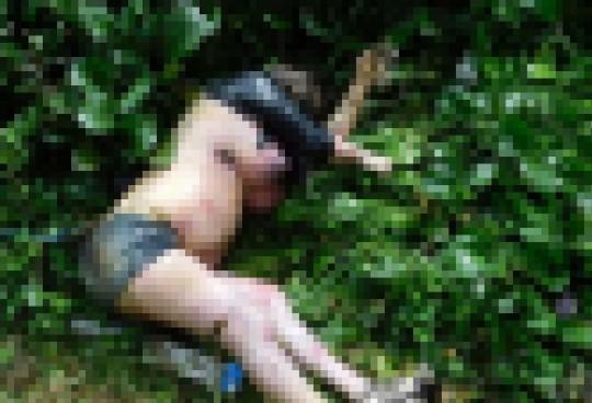 【閲覧注意】レイプされた後ポアされた女性の画像貼ってく。脚無いのとかもう理解不能・・(画像22枚)・5枚目