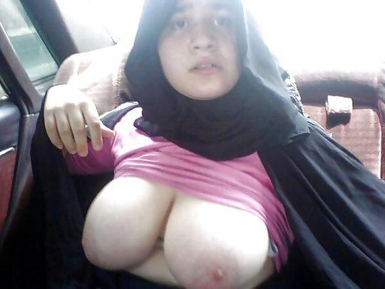 【ムスリム定期】中東の信心深い女性のエロ画像貼ってくwww宗教色強すぎワロタwwwwwwwwwwwwwwwwww(画像あり)・1枚目