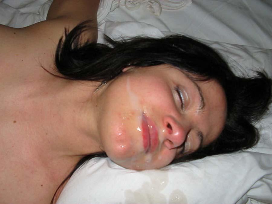 спит со спермой на лице база данных