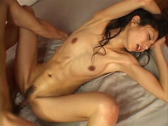 【画像あり】こういう腹筋が6パックに割れてる女、ぐぅエロいwwwwwwwwwwwwwwwwwwwwwwwww・20枚目
