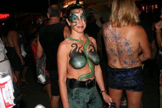 【画像あり】海外のボディペインティング女子(ガチ勢)の裸体をご覧くださいwwwwwwwwwwwwwwwwwwwwwwwww・20枚目