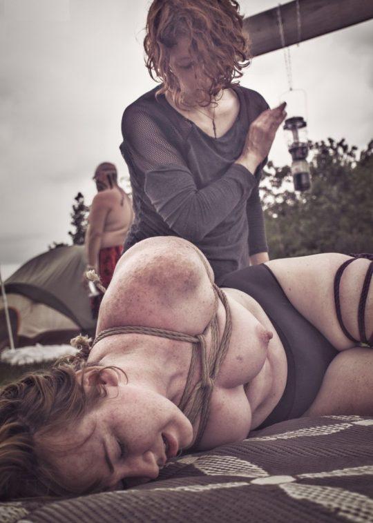 【画像あり】「拉致 拘束 女」でググった結果wwwwwww → 闇が深い画像が多すぎてワロタwwwwwwwwwwwwwww・10枚目