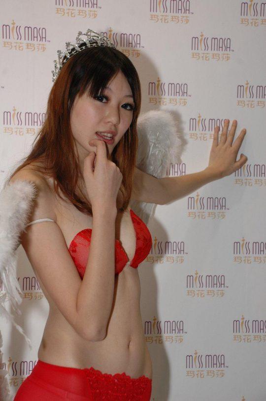 【画像あり】中国の下着ファッションショーの様子をご覧下さいwwwwwwwwwwwwwwwwwwwwwwwwwwww・11枚目