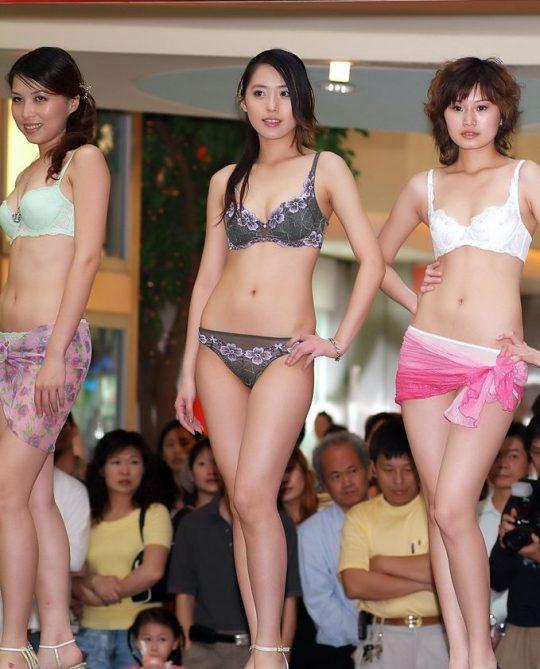 【画像あり】中国の下着ファッションショーの様子をご覧下さいwwwwwwwwwwwwwwwwwwwwwwwwwwww・25枚目