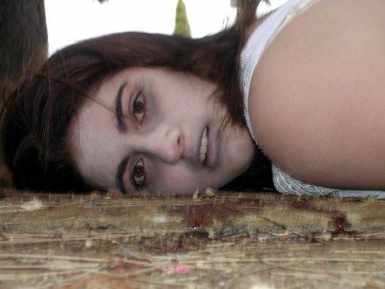死姦画像貼ってくよ。。画像102枚・16枚目