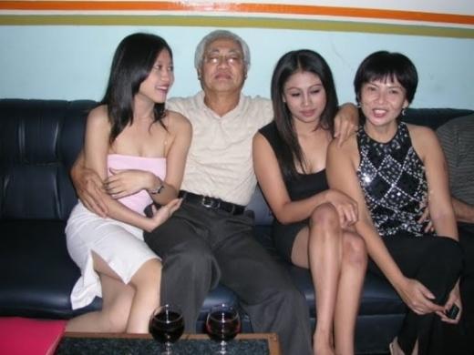 娼婦を大人買いした富豪、性的ムラムラの為に急性心不全wwwwwwww病院へ救急搬送wwwwwwwwwwwwwwwwwwwwwwwwwwwwww(写真あり)